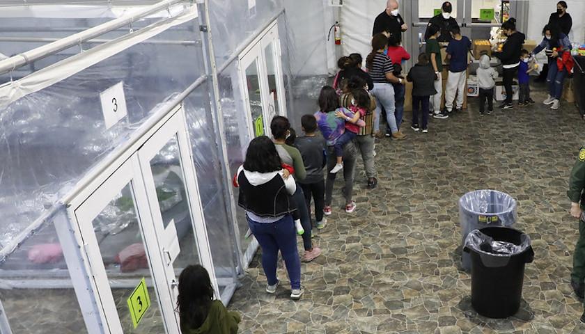 border-crisis_840x480