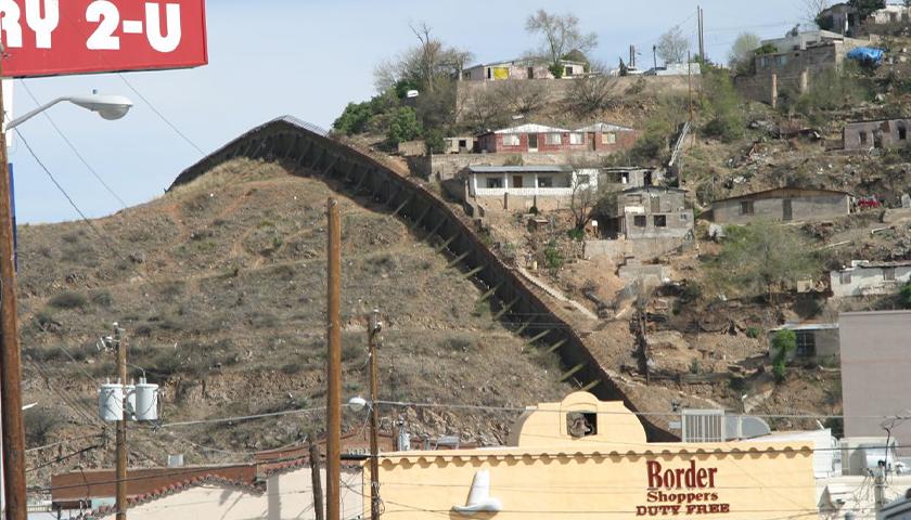Arizona-Mexico border