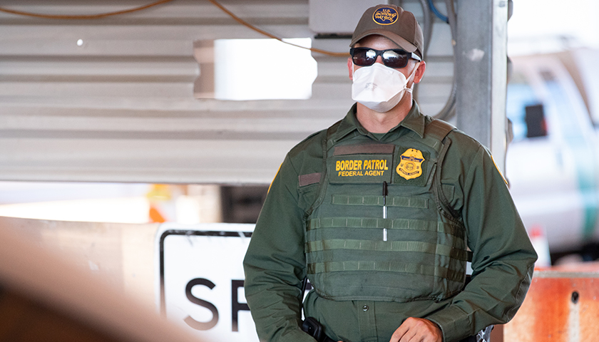 On June 17, 2020, Tucson Sector Border Patrol Agents conduct operations at the Highway 86 checkpoint near Tucson, Ariz. (U.S. Customs and Border Protection photo by Jerry Glaser)